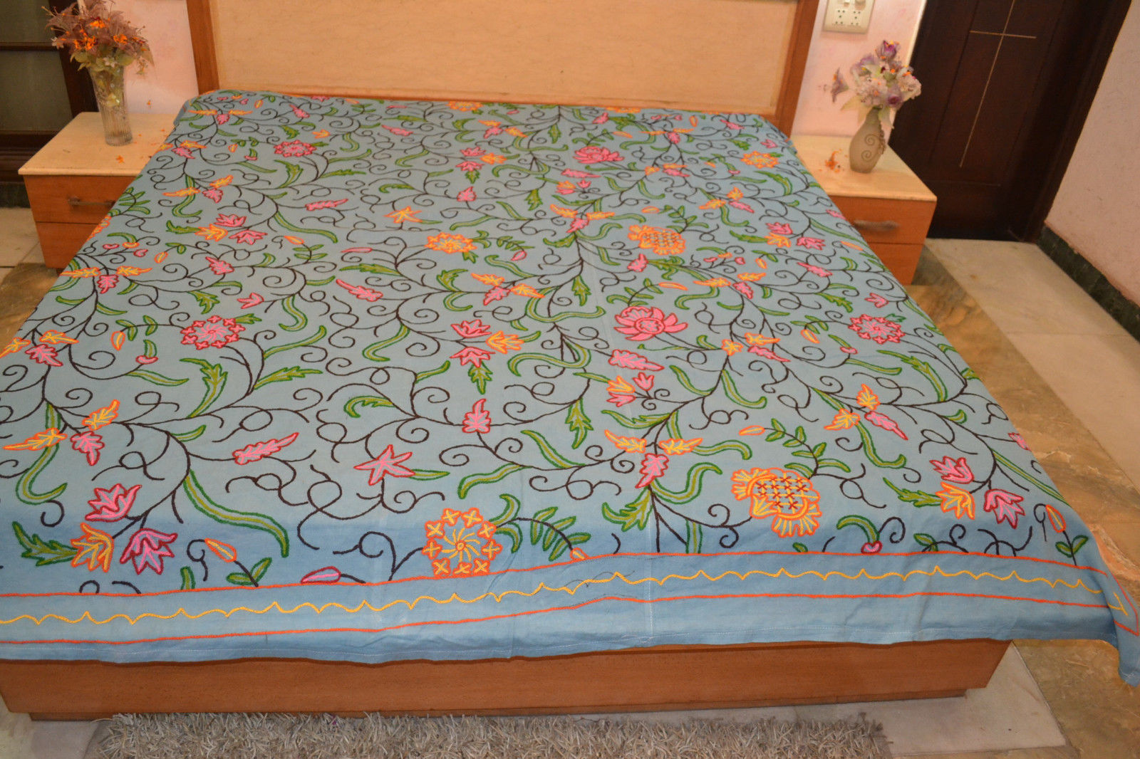 A keletnemet lanyok eneke   made in hungaria 457 - Brazilian Embroidery Bedspread Designs Design No